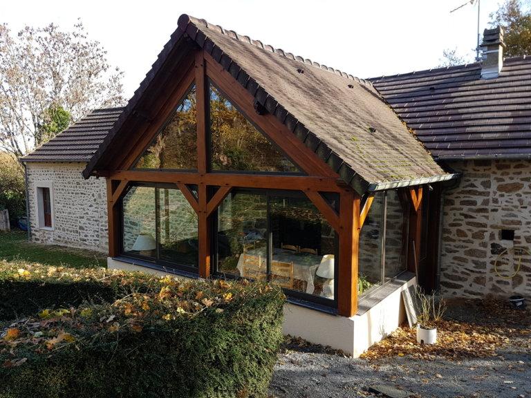 Façade en pierres et aménagement en pavés à Saint Pierre des Nids (53)