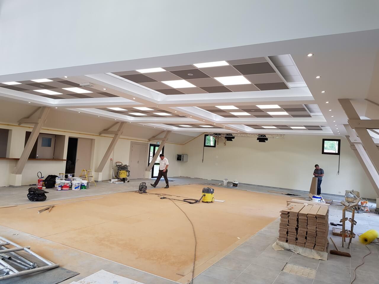 faux plafond salle des fêtes