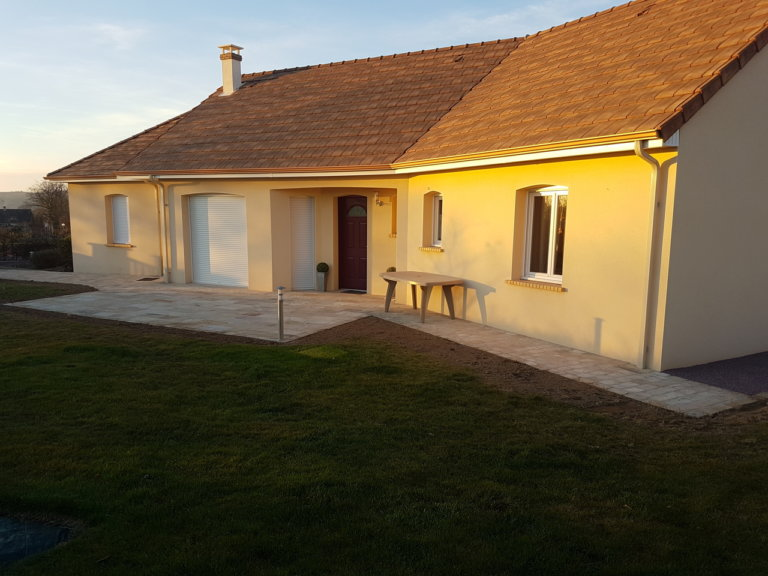 Réaménagement de cours à Saint Martin des Landes (61)